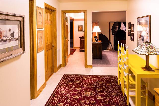 איך בוחרים את השטיח המושלם למסדרון