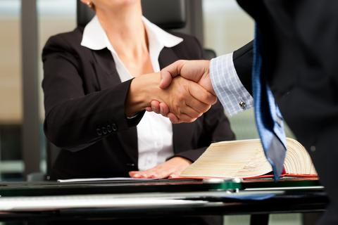 עורך דין תעבורה יכול לעזור לכם להמנע משלילת רשיון הנהיגה