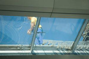 ניקוי חלונות בגובה