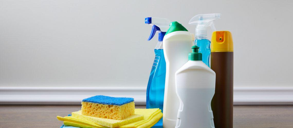 מה עדיף חברת ניקיון מקצועית או מנקה פרטית?
