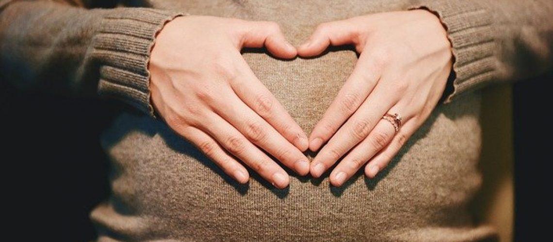 hands-2568594_640